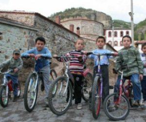 Okul ve Arkadaş Çevresinin Çocuk Üzerindeki Etkileri