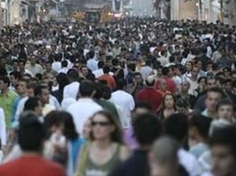 istanbul kalabalık insanlar