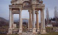 Tarihi Eserleri Korumak Yurttaşlık Görevidir Konulu Kompozisyon