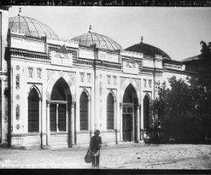İlk Kütüphanecilik Faaliyetlerini Başlatan Medeniyet
