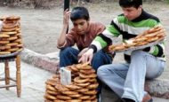 Okul Çağında Olduğu Halde Okula Gidemeyen Çalışmak Zorunda Olan Çocuklar İçin Neler Yapılabilir?